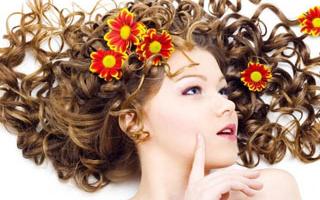 Какие витамины можно добавлять в маску от выпадения волос