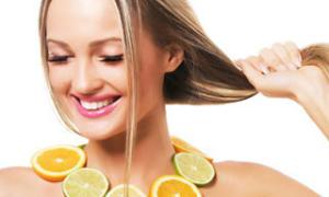 Недостаток каких витаминов приводит к выпадению волос